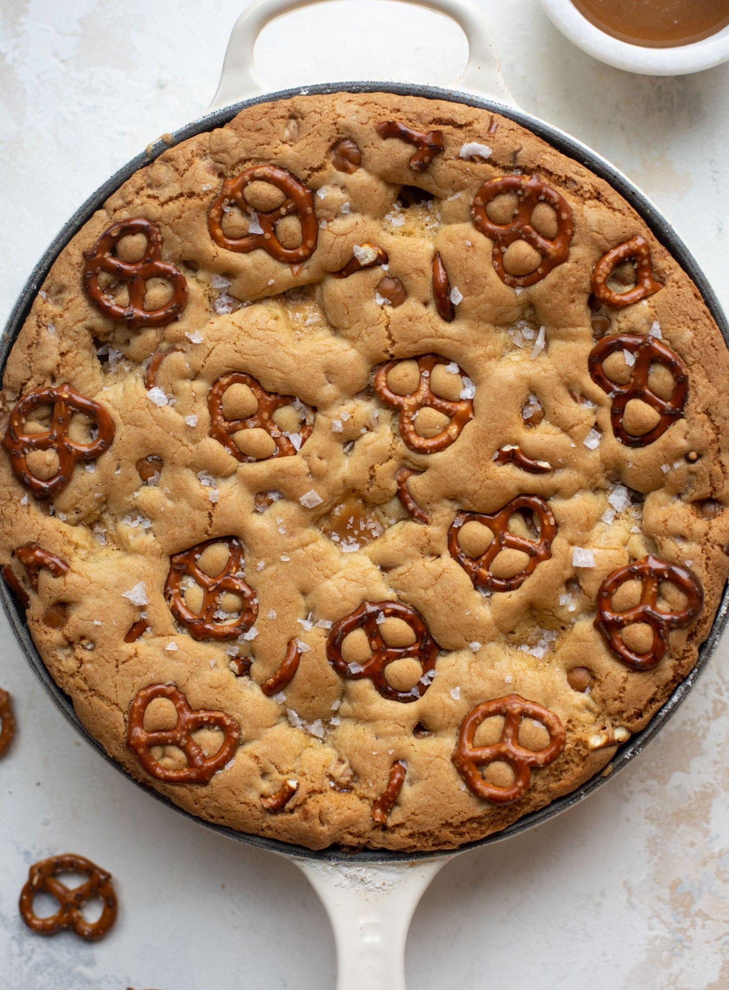 caramel pretzel skillet cookie